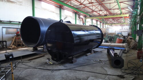Производство КНС в металлическом корпусе.